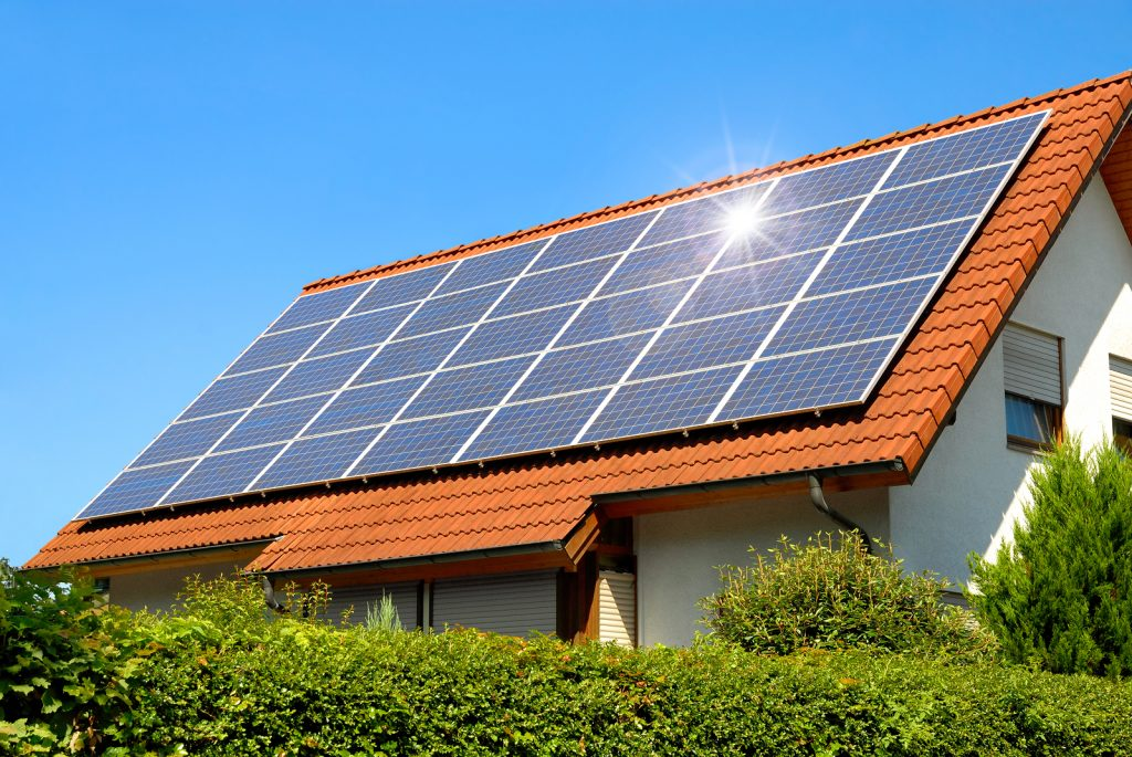 Pros and Cons of Home Solar Batteries